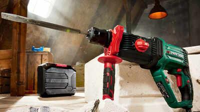 Marteau perforateur et burineur avec SDS-Plus PBH 1050 C3 Parkside