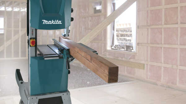 Scie à ruban LB1200F Makita