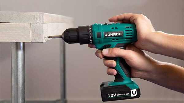Perceuse visseuse sans fil VONROC CD502DC