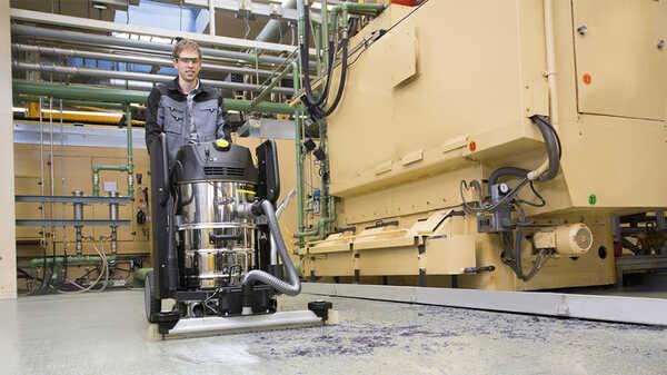 L'aspirateur industriel IVC 60-24-2 Ap 15761040 Kärcher