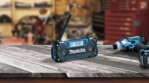 La radio portable DEAMRO52 Makita