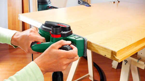 Rabot électrique PHO 3100 Bosch