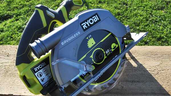 Test et avis de la scie circulaire Ryobi R18CS7-0 Brushless ONE+
