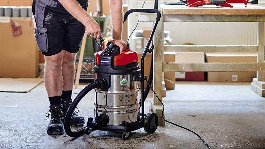 Aspirateur eau et poussière filaire Einhell TE-VC 2230 SA
