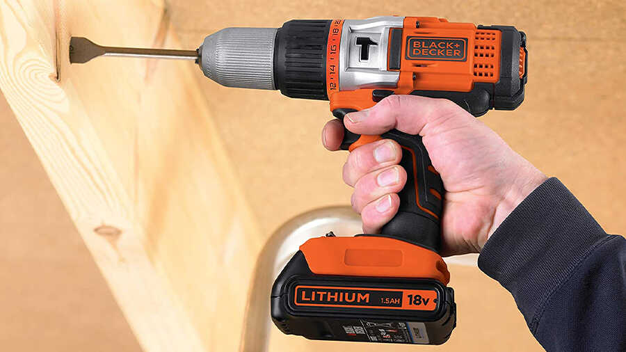 la perceuse à percussion EGBHP188K Black+Decker