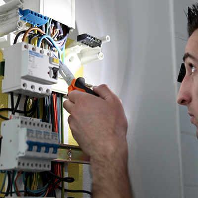 meilleurs outils pour les électriciens et avis outils électriciens