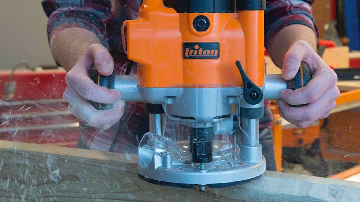 Défonceuse de précision compacte plongeante JOF001 Triton