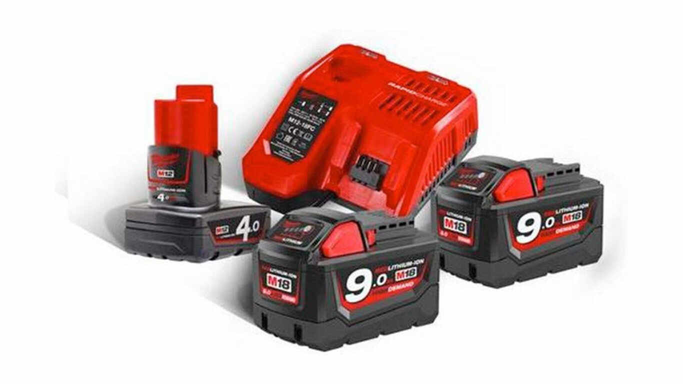 Pack batterie chargeur 18 V 9,0 Ah Milwaukee M18 NRJ-902